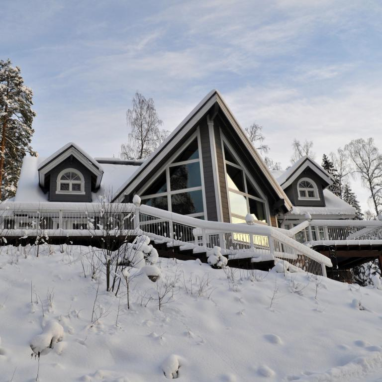 Log_House_Finland_Vihti_1.jpg